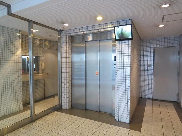 東池袋ハイツ弐番館 エレベーター