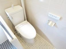 目白ローヤルコーポ ウォシュレット付きトイレ