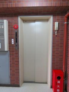 レヂオンス大山 エレベーター