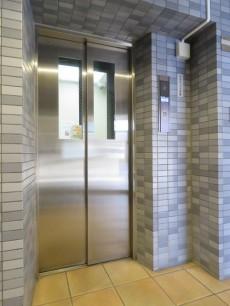 セザール白金 エレベーター