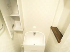 秀和南品川レジデンス トイレ収納