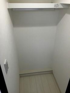 シャンボール荻窪 洋室約4.7帖収納