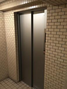 日興パレス西荻窪 エレベーター