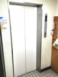 ドルメン五反田 エレベーター