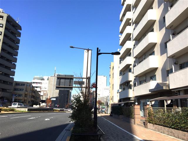 中野坂上マンション 前面道路