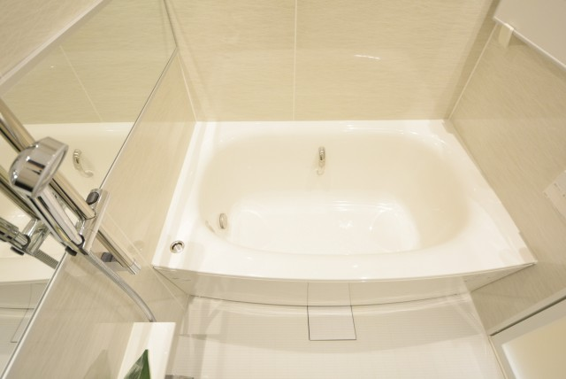 中野方南町グランドハイツ 浴室
