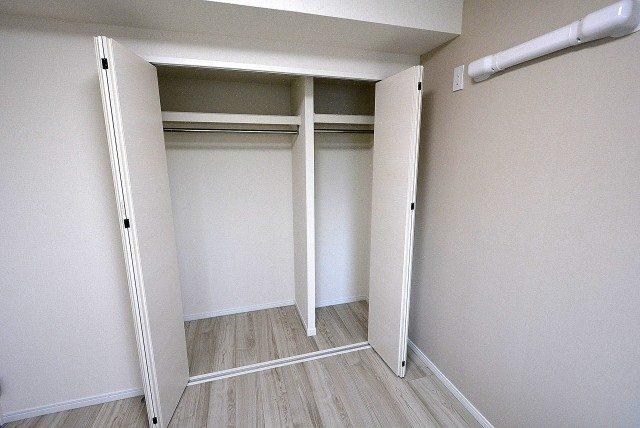 ライオンズマンション上北沢502号室 洋室1 (6)