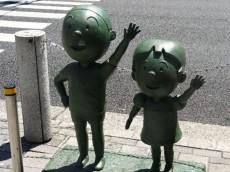 ライオンズマンション弦巻 桜新町駅前の銅像