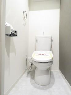 第23宮庭マンション ウォシュレット付きトイレ