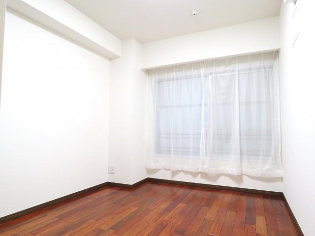 三田綱町ハイツ 洋室約5.5帖