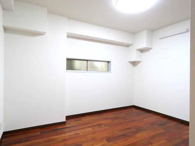 三田綱町ハイツ 洋室約6.6帖
