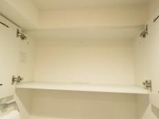 目白ハイツ トイレ吊戸棚