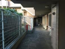 ハイホーム砧公園 廊下