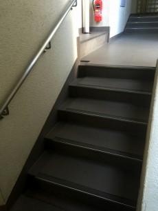 ハウス南経堂 階段