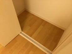 赤堤スカイマンション 洋室約4.3帖収納