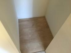 コートハウス上野毛 洋室約5.7帖収納
