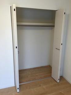 コートハウス上野毛 洋室約5.5帖収納
