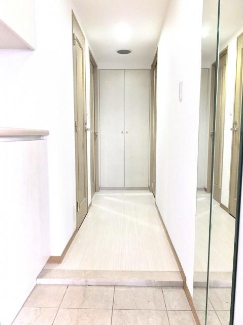 藤和シティスクエア三田ノースウィング 玄関