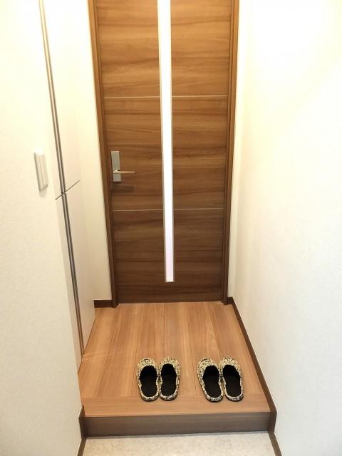 六本木ハイツ 玄関