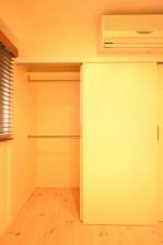 日興パレス白金 6.2帖のベッドルーム収納