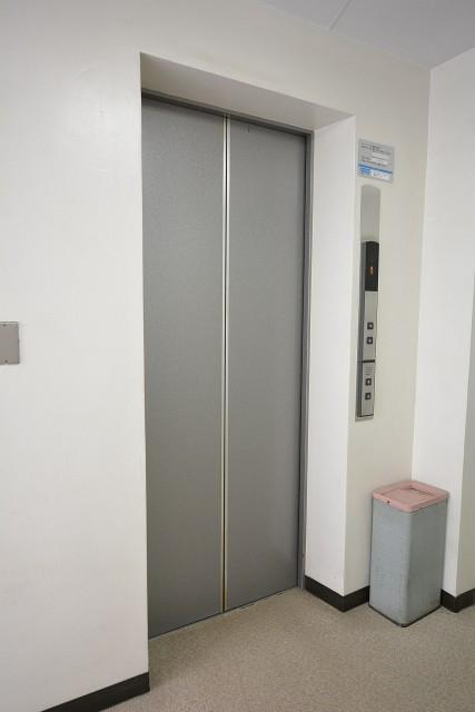 シャンボール原宿 エレベーター