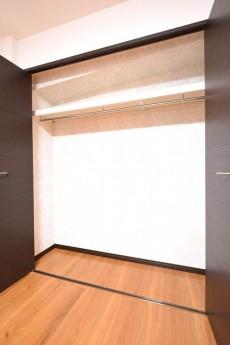 マンション南恵比寿 6.6帖のベッドルーム クローゼット