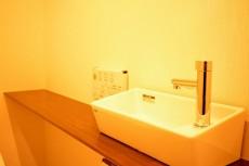 目黒コーポラス トイレの手洗いカウンター
