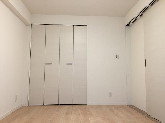 ライオンズマンション初台 洋室約5.8帖