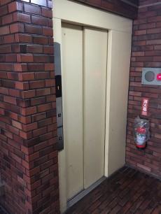 エザンス高井戸 エレベーター