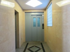 モアグランデ浜松町 エレベーターホール