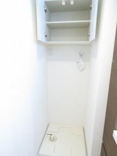 モアグランデ浜松町 洗濯機置場