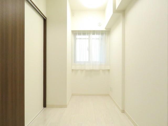 モアグランデ浜松町 洋室約3.7帖