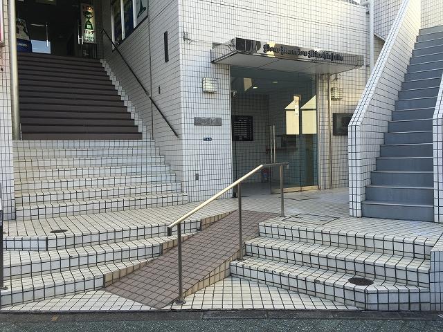 ライオンズマンション北新宿 エントランス