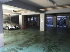 エントピア荻窪 駐車場