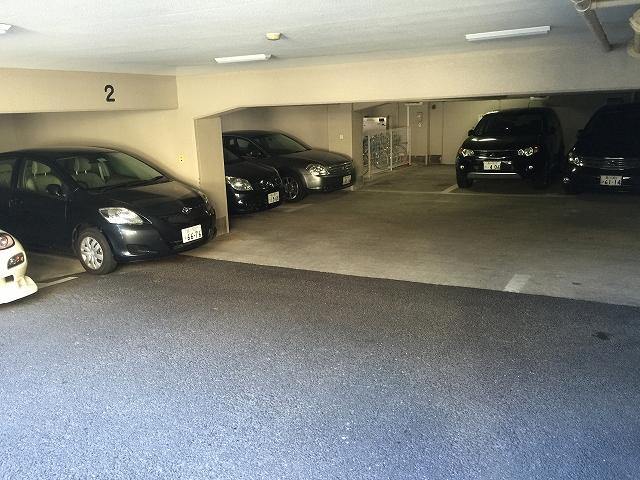 財形第3御殿山マンション 駐車場