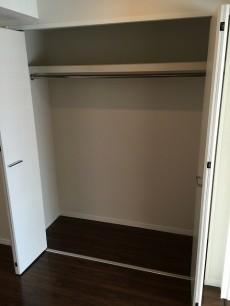 グリーンハイム世田谷 洋室約5.8帖収納