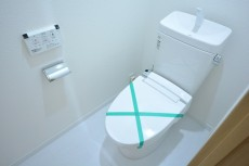 フォンテ青山 ウォシュレット付きトイレ