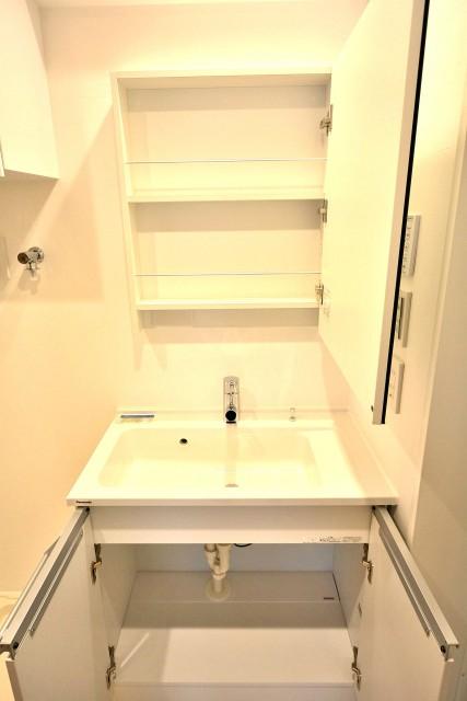 第一北烏山ヒミコマンション 洗面台