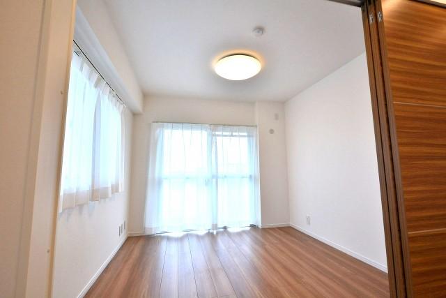 第一北烏山ヒミコマンション 洋室2