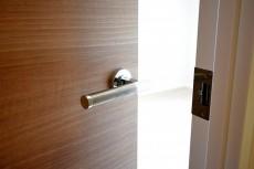 目白ハイツ 5.2帖の洋室ドア