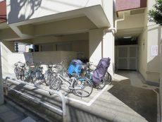ソフトタウン池袋 駐輪場