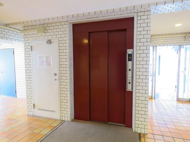 秀和南大井レジデンス エレベーター
