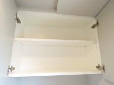 フィース駒込六義園 トイレの吊戸棚