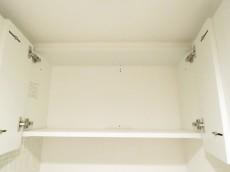 豊榮アンバサダー六本木 トイレの吊戸棚