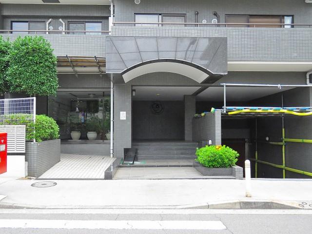 ファミールプランシェ経堂 エントランス