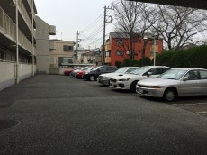 パーク・ハイム淡島 駐車場