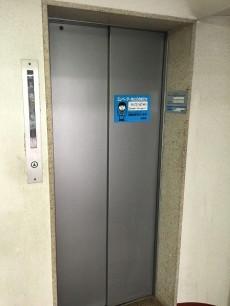 秀和清水池レジデンス エレベーター