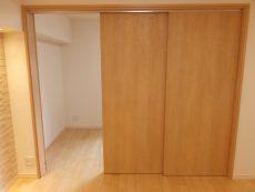 白金台グロリアハイツ 洋室約4.9帖