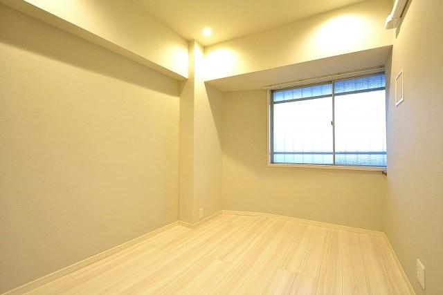 六本木ハイツ 北側洋室