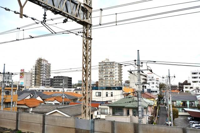 エントピア五月園 駅ホーム
